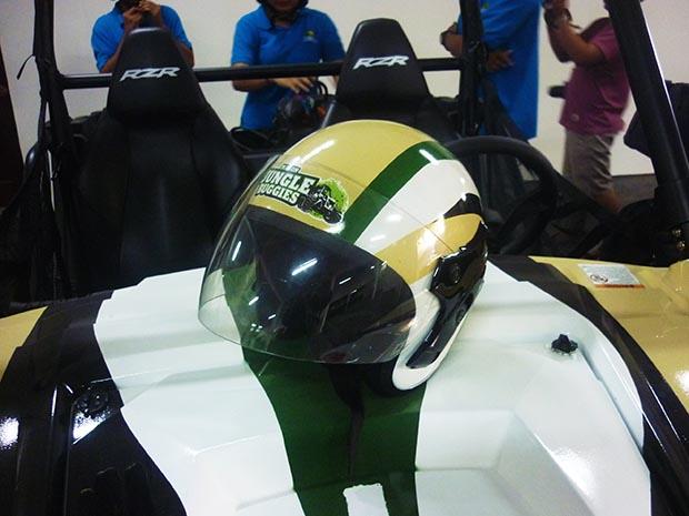 ジャングルバギー用ヘルメット