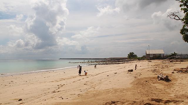 空港側ビーチ