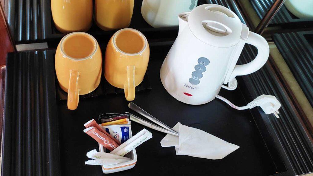 無料のコーヒー&紅茶セット